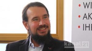 Rotes Sofa - Prof. Dr. Thomas Knaus