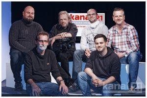 Kanal 21 Vorstand inkl. Geschäftsführung: Erste Reihe von links: Reinhard Sperrling, Maurice Lubina. Zweite Reihe von links: Holger Röser, Michael Ströter (1. Vorsitzender), Aaron Scheer (2. Vorsitzender), Dirk Rehlmeyer (Geschäftsführer).